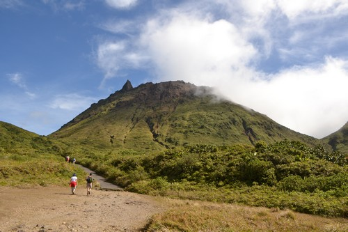 ascension de la soufriere Le volcan de la Soufrière