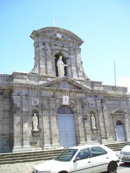 Cathédrale Notre Dame de Guadeloupe à Basse Terre